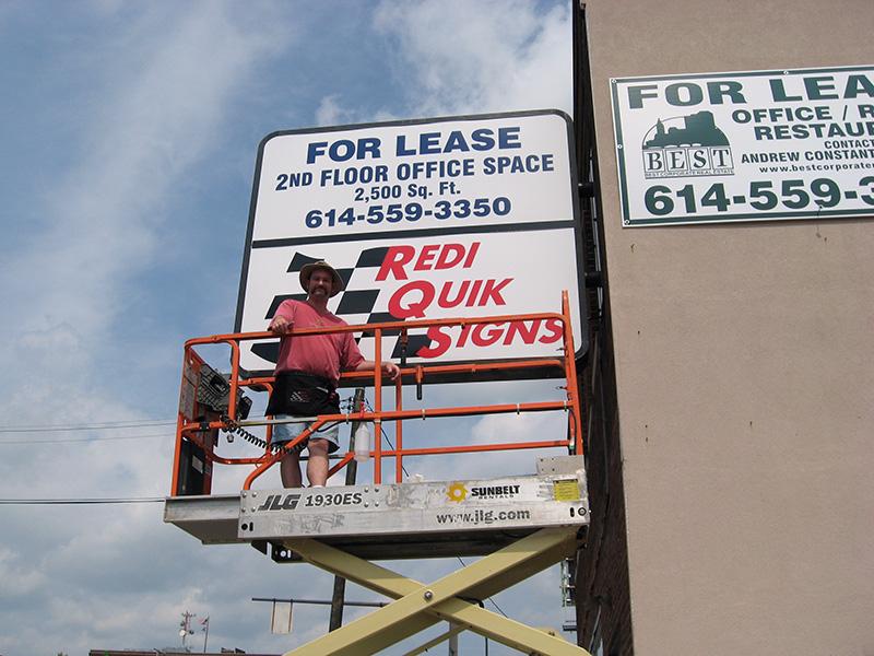 Redi Quik Sign Install